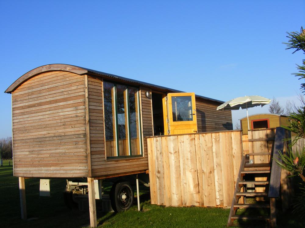 campingplatz fl ggerteich fehmarn bauwagen campingplatz. Black Bedroom Furniture Sets. Home Design Ideas